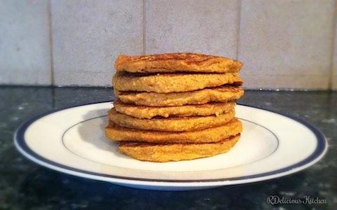 healthy pumpkin pancakes RD 1.jpg